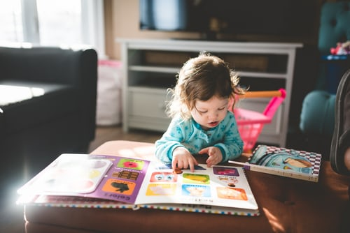 Reading books is great for kids. Know how to make them like it too!